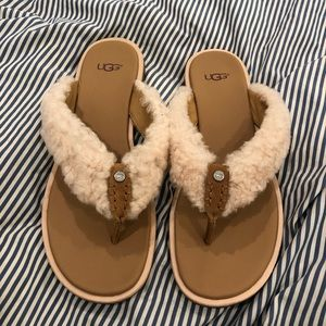 Ugg Alicia sandals